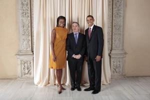 Bývalý prezident Alvaro Uribe spolu s americkým prezidentským párem.