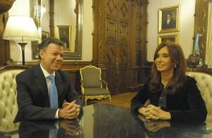 Prezident Juan Manuel Santos s argentinskou hlavou státu Christine de Kirchner. Zdroj snímku: presidencia.gov.ar