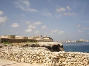 """Hrad """"El Morro"""" v hlavním městě Kuby Havany."""