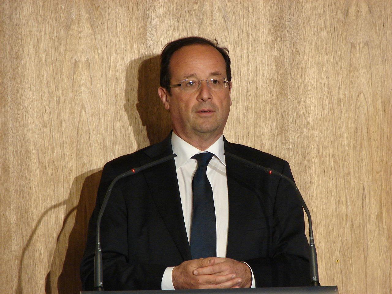 1280px-2012_Francois_Hollande_CGPME_5 (Copyleft)