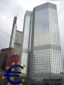 Vyjednání o půjčce od Evropské unie a Mezinárodního měnového fondu nebylo pro Kypr jednoduché.